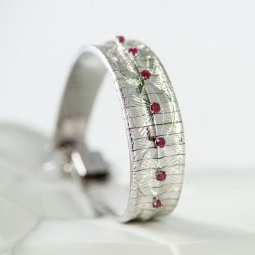 Bracciale semirigido oro bianco e rubini