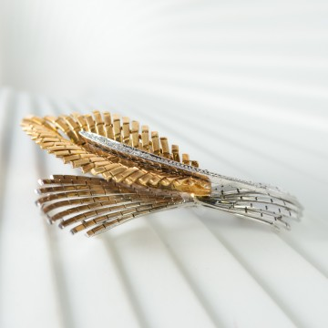 Spilla 1970 design piuma con diamanti