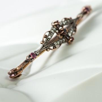 Spilla inizio '900 rubini e diamanti