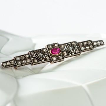 Spilla fine 1800 rosette di diamanti e rubino