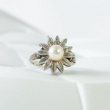 Anello fiore perla 1970